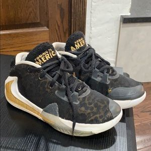 Nike Giannis Air Freak Coming to America